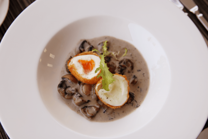 World Travel Adventurers, WorldTravelAdventurers, Park Hyatt Maldives, Hadahaa, Complimentary Breakfast, foodie, food, gourmet, Luxury Travel, Luxury resort, dream vacation, ocean view, free range egg, truffle ragout