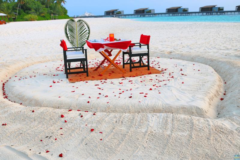 ValentinesParkHyattMaldivesHadahaa, romantic getaway, luxury travel, luxury resort, bucket list, beach, Maldives, Park Hyatt, fine dining, dream vacation, private beach dinner