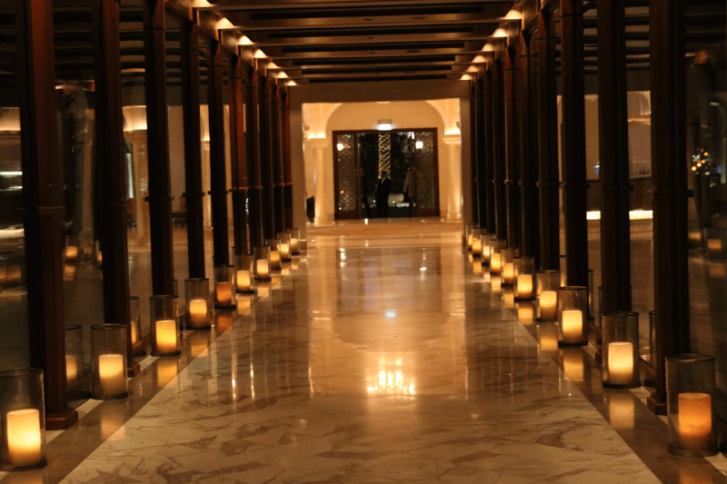 ParkHyattDubaiHallways, ParkHyattDubai, World Travel Adventurers, WorldTravelAdventurers, Luxury, Luxury travel, luxury resort, hotel review, Park Hyatt, Dubai, romantic getaway, dream vacation,