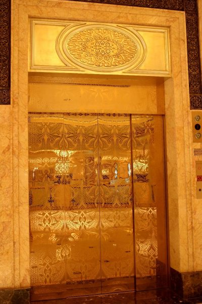 emirates palace elevator, emiratespalaceentrance, Emirates Palace, Abu Dhabi, United Arab Emirates, UAE, luxury travel, luxury hotel, 5 star hotel, world travel adventurers, WorldTravelAdventurers, world's 2nd most expensive hotel, hotel review