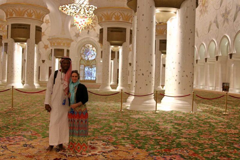 Sheikh Zayed Grand Mosque, Abu Dhabi, United Arab Emirates, UAE, architecture, art, world travel adventurers, WorldTravelAdventurers, luxury travel, luxury, prayer hall, chandelier