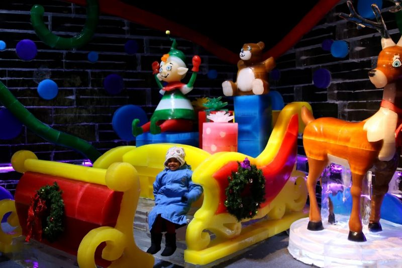 ICE! Christmas Around the World Gaylord National Christmas on the Potomac National harbor luxury resort DC holiday attraction family activity world travel adventurers WorldTravelAdventurers Santa sleigh reindeer