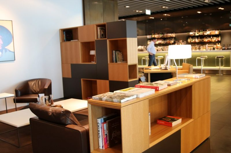 lufthansa frankfurt first class lounge luxury travel world travel adventurers WorldTravelAdventurers travel like a millionaire lounge review Germany travel blog