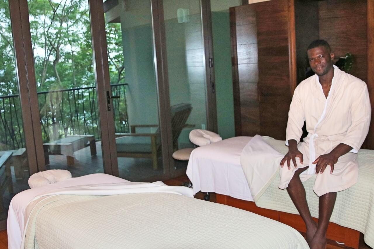 Couples massage at Andaz Papagayo Costa Rica