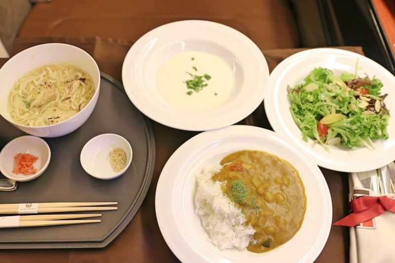 JAL First class fare